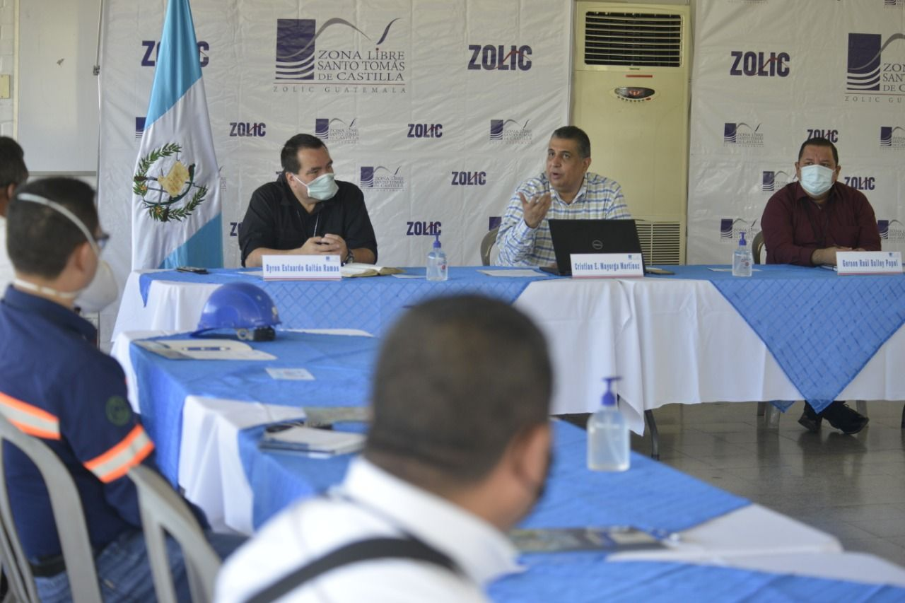 Autoridades de ZOLIC se reúnen con el Comité de Usuarios